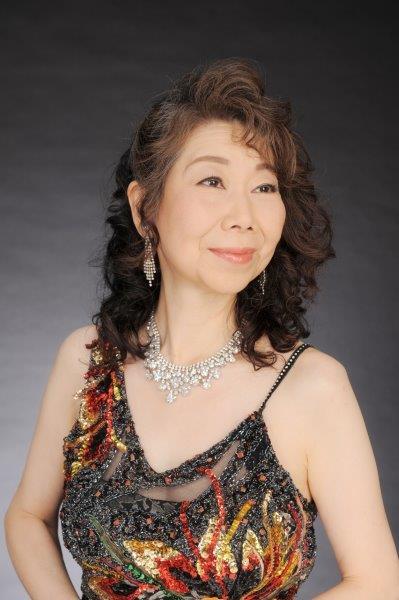 写真:NPO法人 札幌室内歌劇場メンバー 萩原のり子 (Sop)