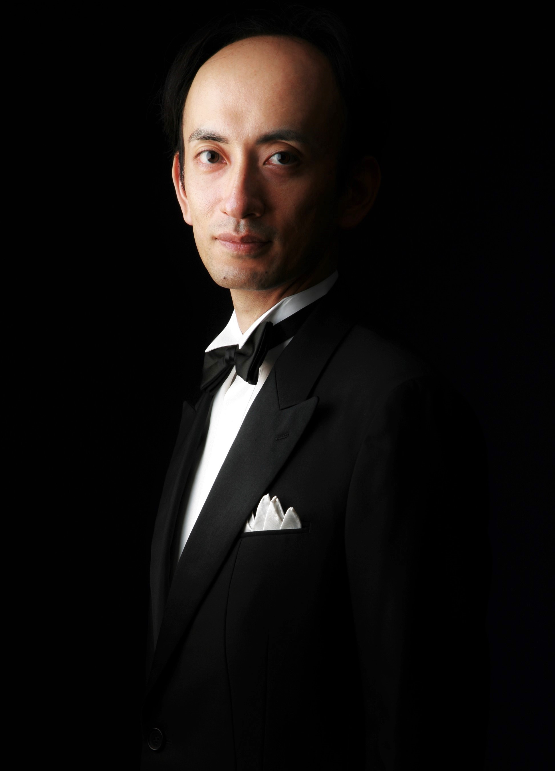 写真:NPO法人 札幌室内歌劇場メンバー 橋本卓三 (Bar)